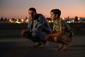 「フォードvsフェラーリ」では、クリスチャン・ベール演じるマイルズの息子ピーター役で登場。