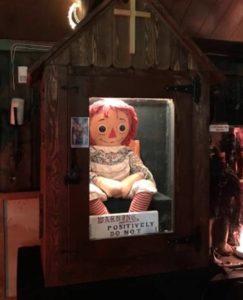 呪いのアナベル人形は実在する